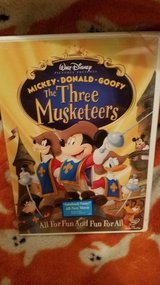 MICKEY,DONALD, & GOOFY THE THREE MUSKETEERS DVD BRAND NEW (LEAVENWORTH,KS) in Fort Leavenworth, Kansas