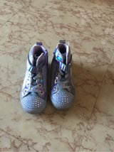 toddler girl light up shoes size 10 in Okinawa, Japan