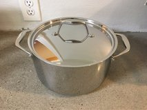 Tramontina Stainless Steel Pot (new) in Cleveland, Texas