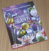 2002 Better Homes and Gardens Celebrate The Season Hard Cover Book Christmas Holiday in Chicago, Illinois