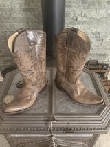 Genuine Leather boots in Tinley Park, Illinois