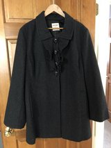 Old Navy Gray Wool Coat Size XXL - Ruffled Front in St. Charles, Illinois