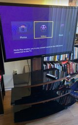 """Samsung 43"""" TV and stand in Travis AFB, California"""