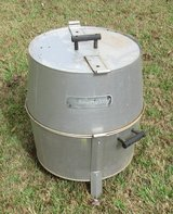 smoker grill turkey cooker / pizza oven in Warner Robins, Georgia