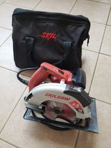 Skill Circular Saw with Laser Guide 15 Amp Electric 7-1/4 inch Blades Skill Saw in Okinawa, Japan
