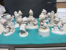 PRECIOUS MOMENTS FIGURINES--LOT OF 28 in Cherry Point, North Carolina
