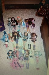 Monster high doll lot accessories set 19 in Fort Knox, Kentucky