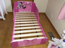 Minnie mouse toddler bed in Bartlett, Illinois