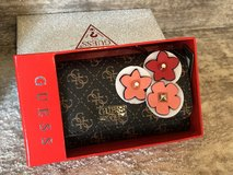 New Guess 3D Floral Detail Trifold Wallet Clutch in Gift box in St. Charles, Illinois