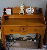 Charming desk with 4 drawers in Travis AFB, California
