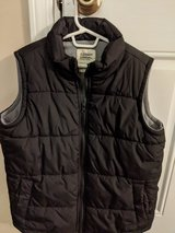Boys Old Navy zip-up vest, size 8 in St. Charles, Illinois