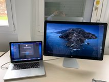 Apple MacBook Pro 15 2.3 GHz 16Gb, 512 HD +  Apple ThunderBolt 27-inch LCD Monitor in Wiesbaden, GE