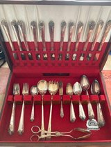 41 Pc Silverware set in Plainfield, Illinois