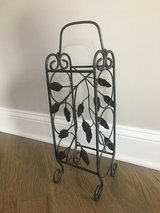 3-Bottle Wine Holder with Handle - also for Towels! in Chicago, Illinois