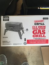 Tabletop gas grill in Bolingbrook, Illinois