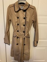 All weather long trench coat in Fort Knox, Kentucky