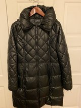 Knee length winter parka- Apt. 9 in Fort Knox, Kentucky