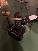 Drums set in St. Charles, Illinois