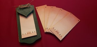 Wooden Green Christmas Note Pad with 5 Extra Refills in Bolingbrook, Illinois