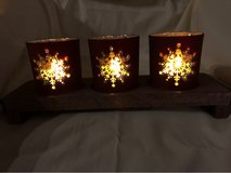 NEW Hallmark Snowflake Candle Holders with wood tray in Travis AFB, California