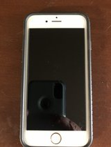 iPhone 6s gold 64gb in Baytown, Texas