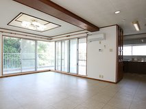 3 Bed apt in Okinawa city (PET FRIENDLY) in Okinawa, Japan