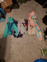 Girls clothes in St. Charles, Illinois