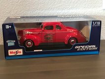 New Maisto 1939 FORD DELUXE COUPE Fire Chief Special 1:18 Diecast in Travis AFB, California