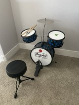 First Act Discovery Drum Set & Seat in Travis AFB, California