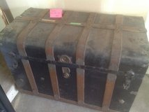 Antique Trunk in St. Charles, Illinois