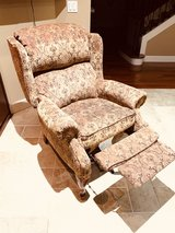 reclining wing chair from Bassett in Fort Lewis, Washington
