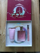 Lancome Miracle Moments Perfume Gift Set in Fort Riley, Kansas