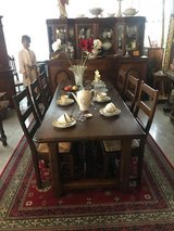 solid wood rustic dining room set with 6 chairs in Wiesbaden, GE