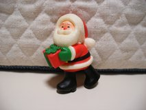 Miniature Santa in Naperville, Illinois
