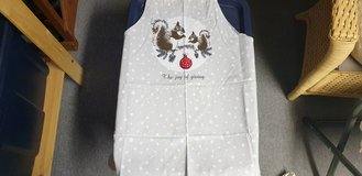 Christmas Apron New with Tags in Ramstein, Germany