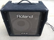 Roland Bass Amp in St. Charles, Illinois