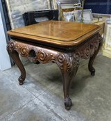 BEAUTIFUL CRAFTSMANSHIP CARVED END SIDE TABLE - LIKE NEW! in Naperville, Illinois