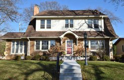 Houses for Sale Milwaukee in Chicago, Illinois