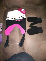 Hello kitty winter hat & mittens in bookoo, US