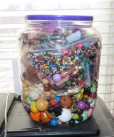 5 pounds of wooden beads in Clarksville, Tennessee