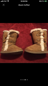 Toddler girls size 5/12 like new condition in Fort Riley, Kansas
