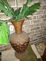 wicker Vase in Tinley Park, Illinois