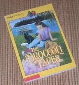 Vintage 1990 The Broccoli Tapes An Apple Soft Cover Book in Bolingbrook, Illinois
