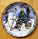 FRANKLIN MINT THERE'S NO FRIENDS LIKE SNOWFRIENDS CHRISTMAS PLATE BY DEBBIE MUMM LIMITED in Wiesbaden, GE