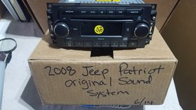 Original 2008 Jeep Patriot Sound System in Aurora, Illinois