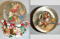 Holiday Musical Snow Globe - 3 Christmas Mice at Piano w/tea pot base in Naperville, Illinois