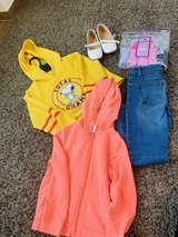 Girls clothes size 5/6 in Wiesbaden, GE
