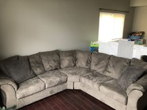 Sectional couch gray in Joliet, Illinois