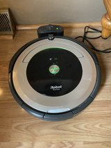roomba auto vaccum in Fort Leonard Wood, Missouri