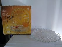 Vintage SUNFLOWER 8-pc Glass Snack Set in Travis AFB, California